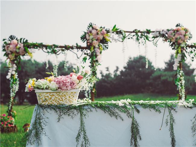 草坪婚礼—童话镇